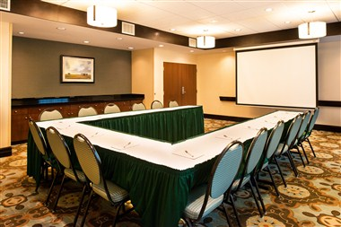 Hampton Inn & Suites National Harbor - Meeting Rm
