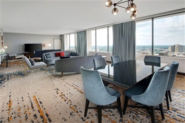Triple Bay Suite