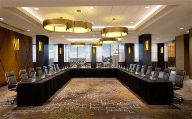 Skyline U Shape Meeting Room