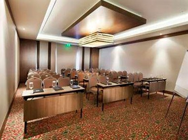 Grape Meeting Room