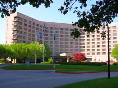 Doubletree Hotel Tulsa at Warren Place