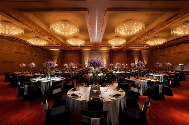 Grand Ballroom (Banquet Seating)