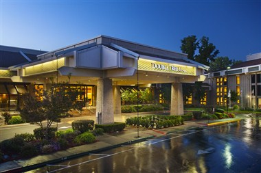Welcome to the DoubleTree by Hilton Sacramento
