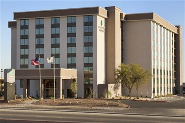 Embassy Suites Hotel in El Paso