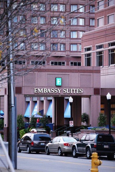 Embassy Suites RiverCenter