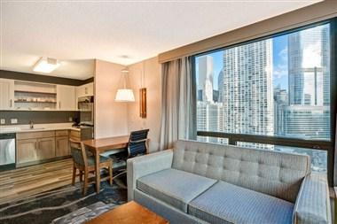 City View King Suite