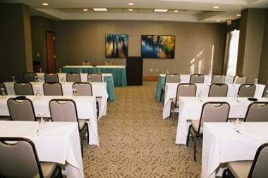 Twin Spires Meeting Room