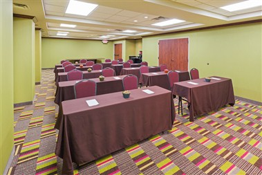 Woodland Hills Meeting Room