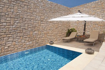 Deluxe Suite Private Pool