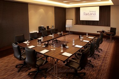 Almas Meeting Room