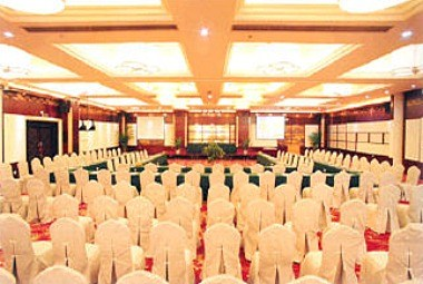 Multi-functional banquet hall