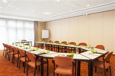 Meeting Room Maxx