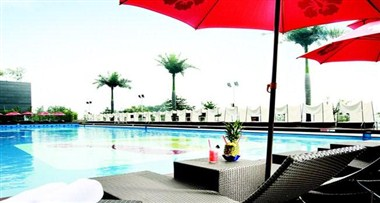 Riverpark_Outdoor Pool