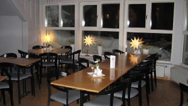 Restaurant - Dining Area