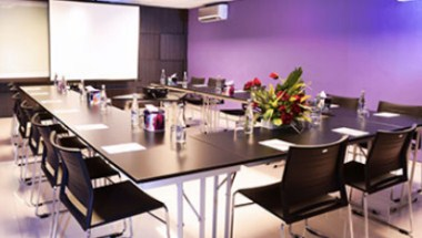 Rasberry Meeting Room