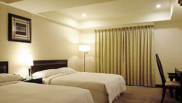 Deluxe Double Twin Room