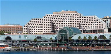 Novotel Sydney on Darling Harbour Exterior