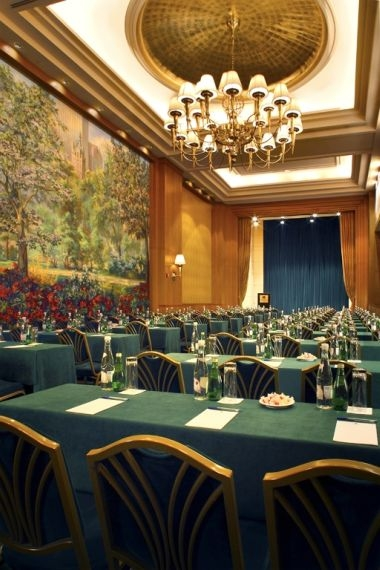 Grand Paris Ballroom