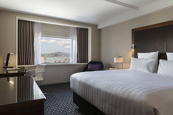 Pullman Auckland Superior King Room