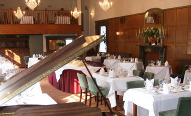 Oak Room Restaurant