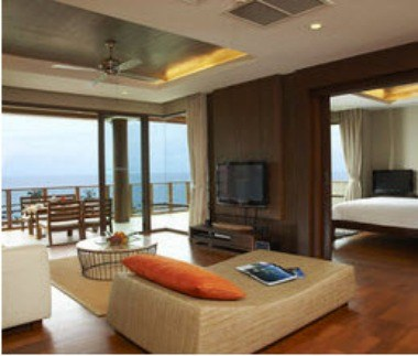 Deluxe Sea View Suite
