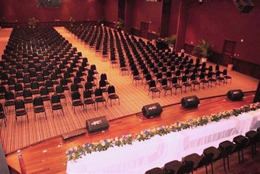 Las Palmas Ballroom- Theater Set-up