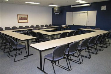 SUB 143 Meeting Room