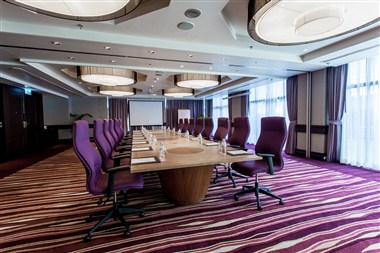 Meeting Room_Anchan&Orchid_Boardroom