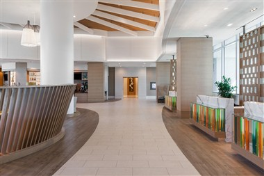 Main Lobby Front Desk - Arrival