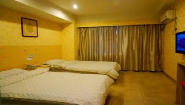 2 Twin Bed Guest Rooms