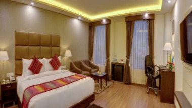 Executive 1 King Bed Room