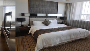 Suite Room With King Bed