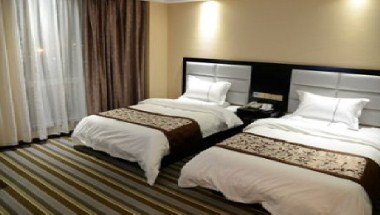 Standard Two Twin Beds Room