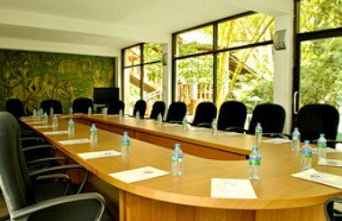 Emerald Meeting Room