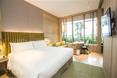 Orchid Club Deluxe Room