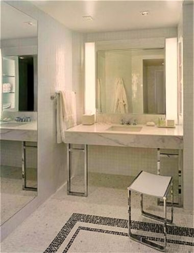 Suite Waterworks Bathroom