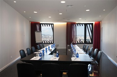 Tibidabo Meeting Room