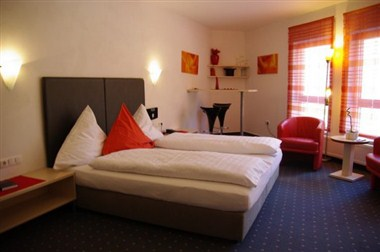 Rossberg Junior Suite