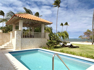 Ocean Front Villa Pool