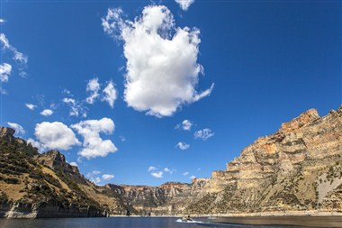Boating on the Bighorn Canyon