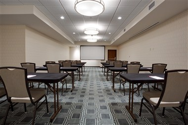 Drury Plaza Pittsburgh Bond Meeting Room