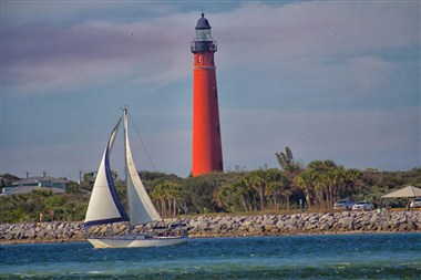 Saling in the Ponce Inlet NSB