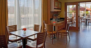 Guest Kitchen Seating Area