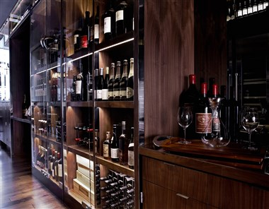 OneUP Wine Wall