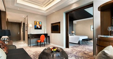 Regency King Suite