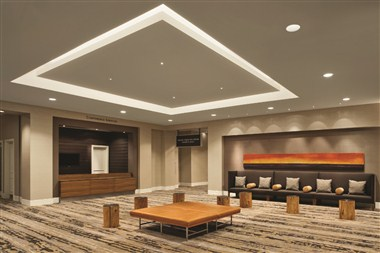 Grand Eagle Foyer /Pre-Set Meeting Planners Office