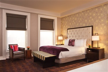 Bellevue Suite - Sleeping Room