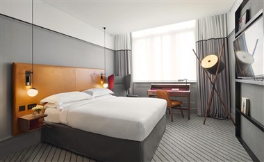 Andaz Double Bedroom