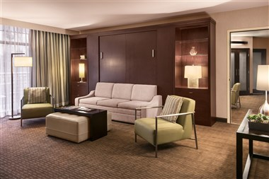 Fountain Court Suite