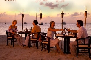 La Playa Torchlight Dining